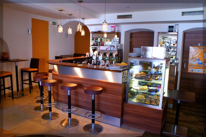 Cafe Maxima